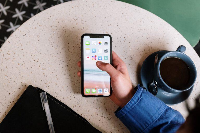 Tipps bei Handysucht: So erkennst du die Krankheit – und bekommst sie in den Griff